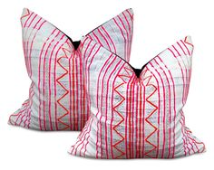 Briea Pillow Pair
