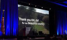 Foram apresentados dois curtas-metragens sobre as atividades realizadas pelo KKL em Israel nas áreas de água, reflorestamento, agricultura e comunidade.