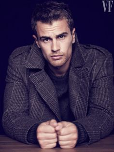 "Cheekbones// Photos: Theo James, Divergent Star, Plays Shailene Woodley's ""Real Man"" Love Interest Theo Theo, Jock, Divergent Movie, Tobias Divergent, Jack Gilinsky, My Sun And Stars, Austin Mahone, Actor Photo, Hommes Sexy"