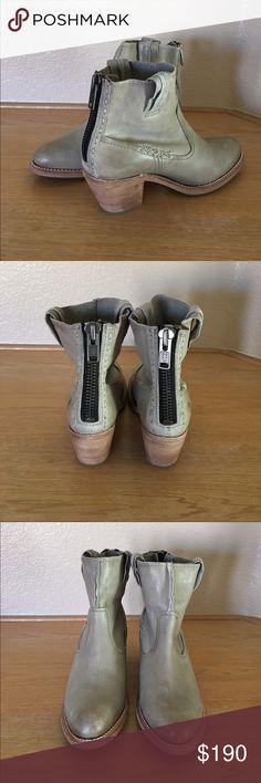 "Frye Leslie Artisan short *New* Frye Leslie Artisan short soft vintage look. Size 9. Vintage leather upper. Rubber outsole. Full back zipper closure. Side pull on tabs. 2 1/2"" heel. 6"" shaft height. Frye Shoes Ankle Boots & Booties"