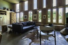 The Box by Bamesberger Architecture is a Rustic Contemporary Home from Indiana Home Decor Furniture, Living Room Furniture, Sofa Deals, Best Leather Sofa, Leather Sectional Sofas, Buy Sofa, Couch Set, Sofa Home, Rustic Contemporary