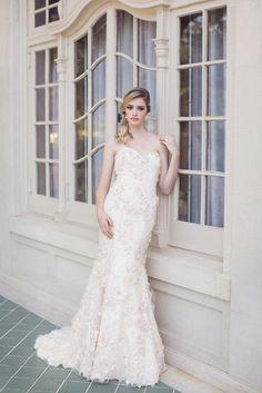 Elegant Enaura #weddingdress http://plus.google.com/+MyweddingconciergeAu