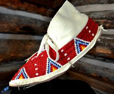 native american beaded moccasins | Northern Cheyenne Beaded Moccasins, Native American