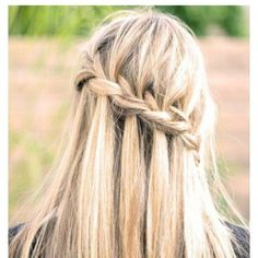 Waterfall braid. Pose by matardannise