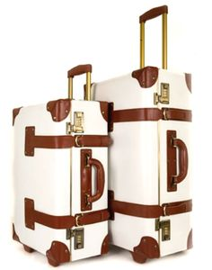 would love a luggage set like this. nothing says adventure better than a good luggage set!i would love a luggage set like this. nothing says adventure better than a good luggage set! Best Luggage, Luggage Sets, Travel Luggage, Travel Bags, Luggage Suitcase, Travel Backpack, Pack Your Bags, My Bags, Purses And Bags