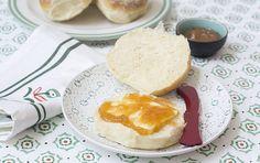 Blaa, los tiernos panecillos de Irlanda Irish Recipes, My Recipes, Bread Recipes, Recipies, Donuts, Pudding, Eggs, Cheese, Breakfast