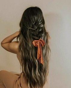 Long Locks, Long Hair Styles, Beauty, Instagram, Long Hairstyle, Long Haircuts, Long Hair Cuts, Beauty Illustration, Long Hairstyles