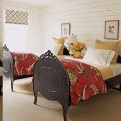 cute twin bedroom!