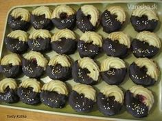Trené kokosové venčeky - Recept Italian Cookie Recipes, Italian Cookies, Oreo Cupcakes, Mini Cupcakes, Christmas Baking, Christmas Cookies, Desert Recipes, Sweet Recipes, Cake Decorating