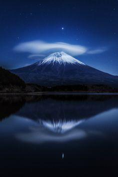 Fujinomiya-shi, shizuoka-ken, Japanで撮影された田貫湖キャンプ場の写真 笠雲 : パシャデリック