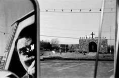 1x1.trans 10 Lessons Lee Friedlander Has Taught Me About Street Photography