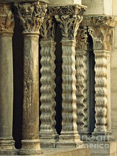 Columns at the Cloisters 3 by Sarah Loft Indian Temple Architecture, Gothic Architecture, Classical Architecture, Historical Architecture, Ancient Architecture, Beautiful Architecture, Architecture Details, Interior Architecture, Architecture Romaine