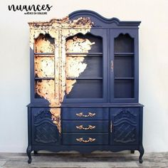 Blue and copper furniture china cabinet. This could be a pretty easy to recreate… – nathalie teulieres - Blue and copper furniture china cabinet. This could be a pretty easy to recreate… – nathalie te - Copper Furniture, Refurbished Furniture, Farmhouse Furniture, Repurposed Furniture, Furniture Makeover, Vintage Furniture, Farmhouse Table, Farmhouse Office, Distressed Furniture