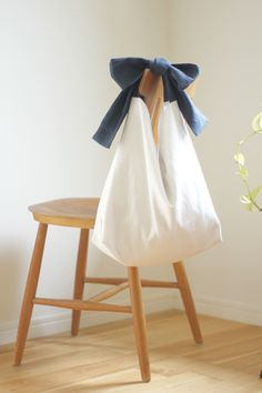 Diy Fashion, Ideias Fashion, Japanese Knot Bag, Diy Sac, Linen Bag, Fabric Bags, Diy Home Crafts, Diy Embroidery, Reusable Bags