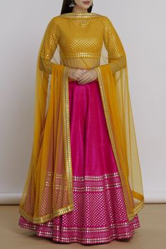 Hand embroidered lehenga set in which full customisation is available. Buy Designer Collection Online : Call/ WhatsApp us on : Party Wear Indian Dresses, Designer Party Wear Dresses, Party Wear Lehenga, Indian Gowns Dresses, Indian Bridal Outfits, Dress Indian Style, Indian Fashion Dresses, Indian Designer Outfits, Bridal Lehenga