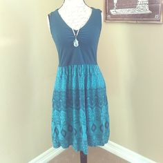 Athleta dress Re-posh.  This is a gorgeous Jade/real green dress with pockets, from Athleta.  Original seller wore it one time, I never did.  In excellent condition.  Has built in shelf bra.  It was too big for her and it's too big for me too, I would say closer to a size 10, I guess.  Also have the black one. Athleta Dresses Midi