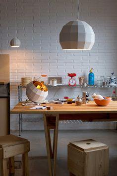 Aydınlatma ve Dekor Dünyasından Gelişmeler: Tasarımcı Xavier Mañosa'dan Disko Topu Aydınlatma #aydinlatma #lighting #design #tasarim #dekor #decor