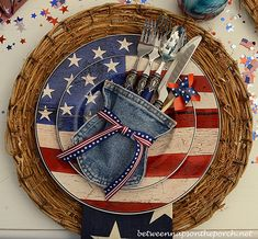 4th of July Tables Setting Tablescape with Jean Flatware Holder and Warren Kimble Dishware 4th of july tablescapes, juli idea, jeans, denim crafts, craft idea, jean pocket, flatwar holder, white hous, 4th of july table setting