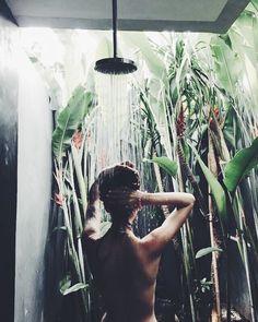 Saturday's morning shower like this  @dana_strogaya #dcnbeauty #dcngreen #dcnlifestyle