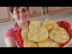 BREAD recipe homemade (as in Bakery) # Easy Focaccia Bread Recipe, Focaccia Pizza, Bread Recipes, Cooking Recipes, Bebidas Detox, Street Food, I Foods, Italian Recipes, Food And Drink