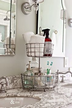 9 Super Clever Ways to Create Extra Space in Your Tiny Bathroom