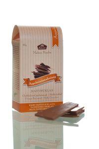 Raikas appelsiininmakuinen maitosuklaa saa makunsa aidosta appelsiiniöljystä. #kotimaisetherkut #frookynanherkku #suklaatila #suklaa