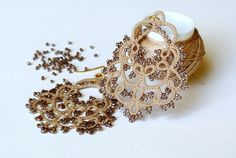 Ecru tatted chandelier earrings Made in Italy by Ilfilochiaro