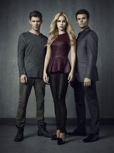 Klaus, Rebekah, and Elijah in a Season 4 Promo and  i love rebekahs shoes