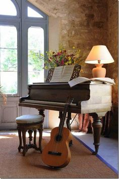 I want a little corner like this for my piano and guitar!