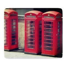 'London Phone Booth' Cutting Board London Phone Booth, Glass Cutting Board, Corner Designs, British Style, Home Accessories, Boards, Planks, Home Decor Accessories