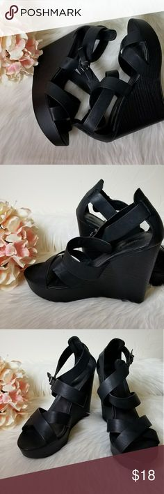 "[Forever 21] platform wedge size 10 in black 5"" wedge , great used condition Forever 21 Shoes Wedges"