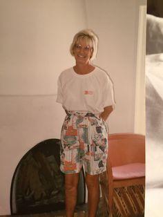 Mom Pictures, Short Dresses, Women, Fashion, Short Gowns, Moda, Fashion Styles, Fashion Illustrations, Mini Dresses