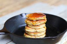 Comfy Belly: Almond Flour Pancakes - Need to figure out the egg substitute though. (Maybe 1:4 flax seeds and water? or applesauce?)