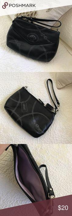 Coach Wristlet bag! Coach Wristlet bag! Coach Bags Clutches & Wristlets