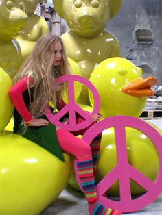 "Model with dEmo's ""Rubber Duckies"""