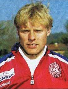 larsen, henrik 1992a.jpg (217×283)