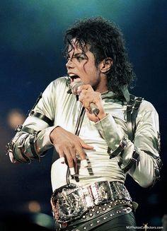 ♥Michael Jackson♥BAD Tour in Tokyo (Japan) December 1988