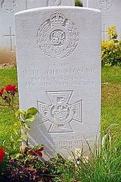 Maj. William H. Johnston VC (MID) grave in Perth Cemetery (China Wall), Zillebeke.
