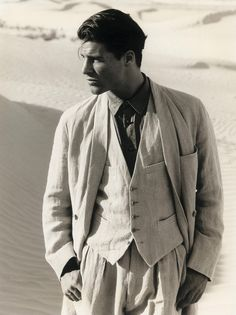 Giorgio Armani, S/S 1990, Photographer Aldo Fallai by peroninastroazzurro, via Flickr