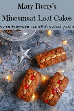 Mary Berry's Mincemeat Loaf Cakes: Mary Berry's mincemeat . - JoanMary Berry's Mincemeat Loaf Cakes: Mary Berry's mincemeat loaf cakes are a perfect easy bake for Christmas! You can't go wrong with a Mary Berry recipe and this one is a real classic Xmas Food, Christmas Cooking, Minced Meat Recipe, British Baking, Cupcakes, Mince Meat, Loaf Cake, Savoury Cake, Sweet Recipes