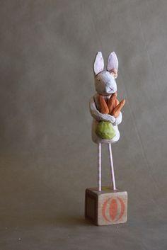 lovely bunny, lovely carrots...