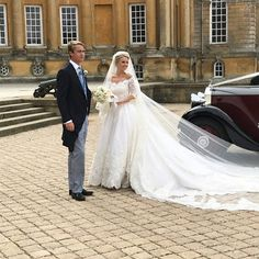 Royal Family Around the World: George Spencer-Churchill, Marquess of Blandford, and Camilla Thorp, tied the knot at St Mary Magdalene Church, Woodstock near Blenheim Palace on September 2018 Royal Wedding Gowns, Royal Weddings, St Mary Magdalene Church, Royal Marriage, Blenheim Palace, Marquess, Royal Fashion, Wedding Dress Styles, Churchill