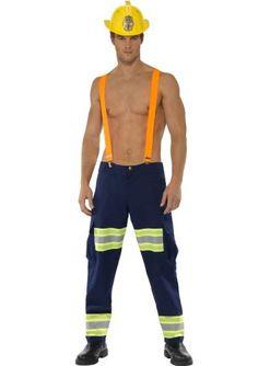 gaypride musthave. Een sexy brandweer kostuum om indruk te maken op de dames. Het brandweer pak bestaat uit een brandweermannen broek en oranje bretels. De broek is van een dunne stof waardoor het prettig draagt en heeft wel het uiterlijk van een volwaardige brandweer broek. De zakken aan de zijkant zijn prettig voor je sleutels/geld, etc. Natuurlijk kan de broek ook met een t-shirt of hemd gedragen worden. De gele brandweerhelm is onderaan de pagina te vinden en maakt de outfit af.