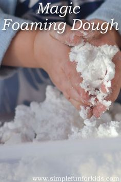Sensory Activities for Kids: Have fun with Magic Foaming Dough from simple ingredients that you have in your kitchen!