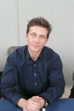 Page 661 of 668 - How cute is Connor Trinneer/Trip Tucker? - posted in Enterprise: BW shots from Denver