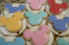 Mickey Mouse Balloon Cookies ~ How to Make Your Own!