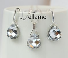Sparkly crystal clear Swarovski jewelry set with stud earrings and necklace by byVellamo, $45.00 on @Etsy