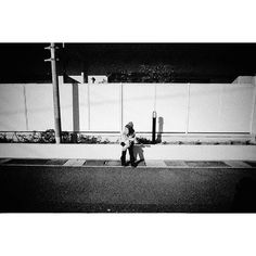Street are not necessarily in the hustle and bustle of the city. 2015.12.31. #tqx_cheaptrick - no.13 #tqx_Jp_street #Japan #street #people #photodocumentary #photojournalism #sociallandscape #snap #streetsnap #streetphotograhy #streetphotograhers #lightandshadow #fineart #blackandwhite #whiteandblack #monochrome #bnw #bnw_captures #bnw_life #bnw_society #magnumphotos #thirtyfivefuckingmillimeter #filmisnotdead #35mm #leica #summicron #40cron #kodak #bw400cnt by thequietx