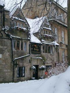Victorian Tea Rooms & Restaurant Bradford on Avon, - The Bridge/ Take Christmas Afternoon Tea at The Bridge Tea Rooms, utterly charming, book fro 31st December till 31st December.