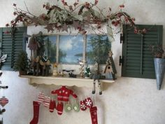 old windows hristmas Christmas Craft Show, Christmas Time Is Here, Christmas Decor, House Shutters, Old Shutters, Glass Wall Art, Stained Glass Art, Old Window Crafts, Old Windows